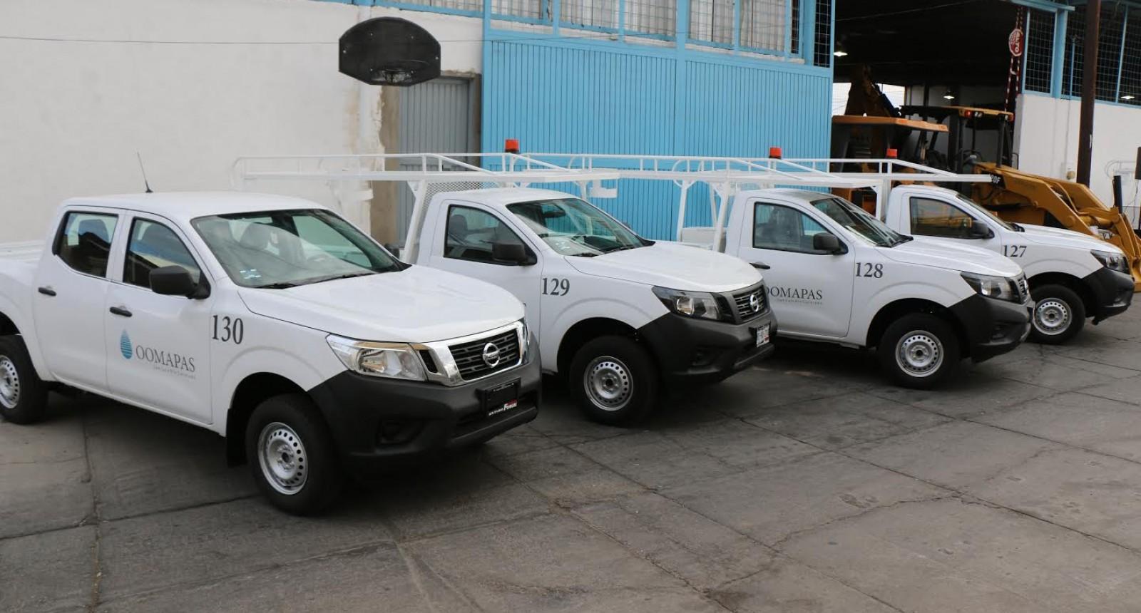 Invierte OOMAPAS  en parque vehicular